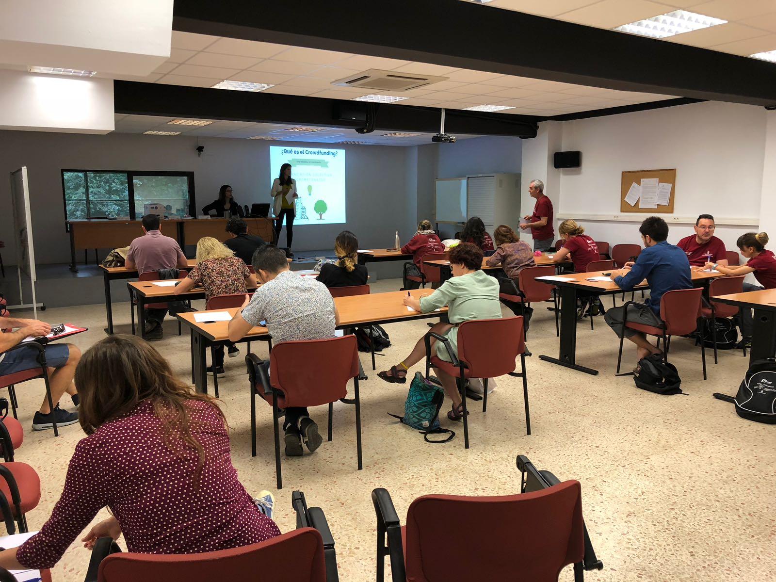Más de 20 proyectos se dan cita en La Safor Empren
